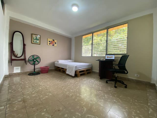 Private room in the center of Panamá City