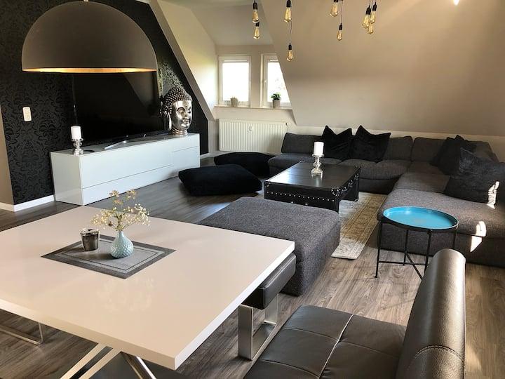Apartment-Elbtalblick-Deluxe-Private Bathroom-River view
