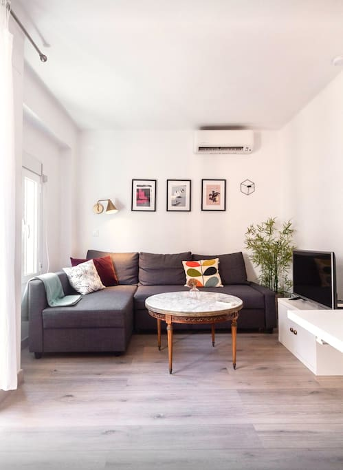 Living room- WiFi and tv