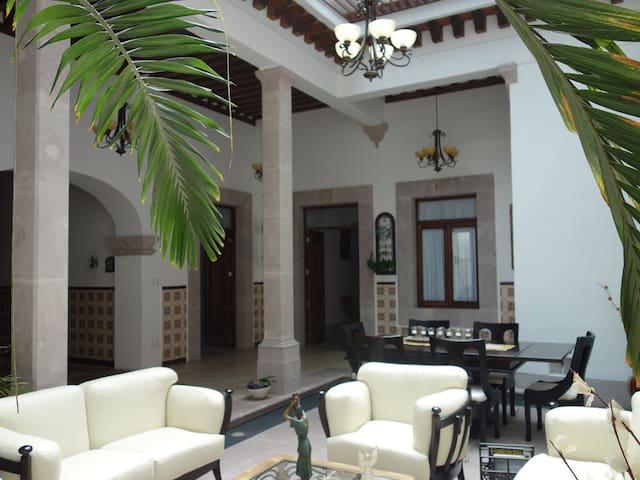 Casa colonial en centro histórico - Morelia - Haus