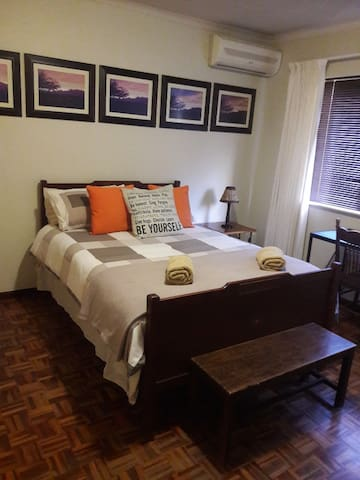 Paarl - The Labyrinth - Room #1 - Double bed