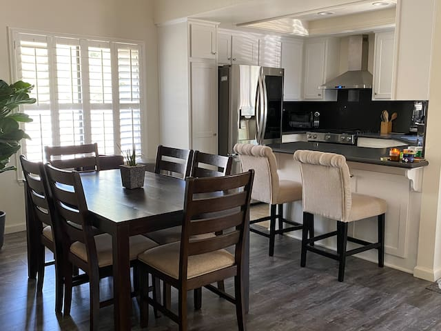 Upgraded Condominium Stay in Diamond Bar, CA