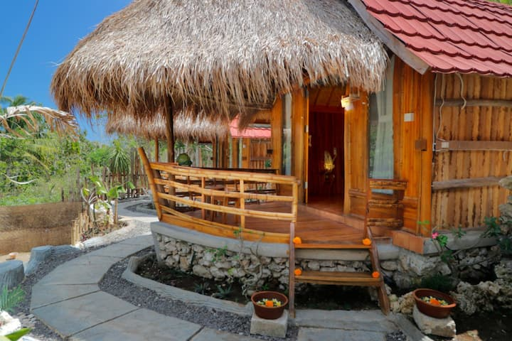 House Near Klingking Beach in Nusa Penida 1
