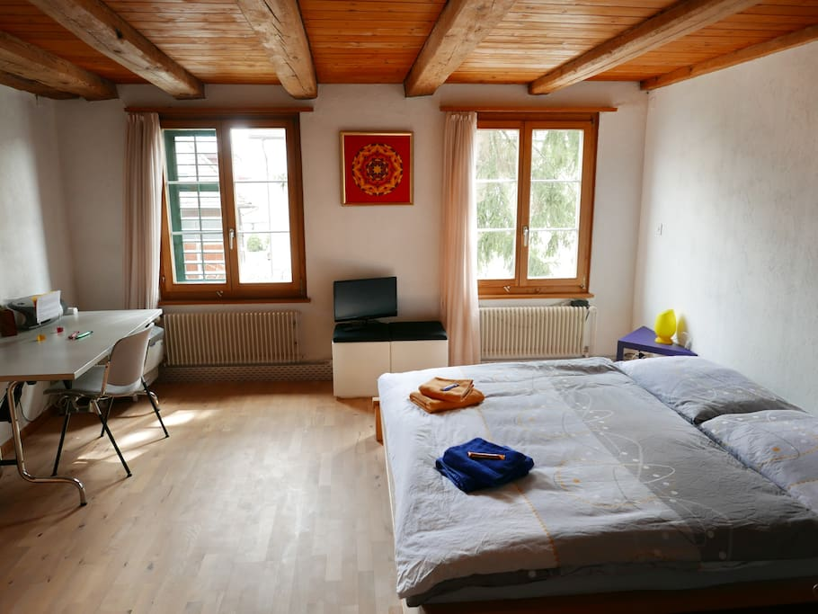 large bedroom, with fullsized double bed (2.00x1.80). Separate bed (1.90x1.20 - futon) can be added when required.