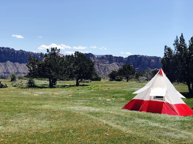 ZION: Moonlight Oasis camp TENT & Camping #1 - Virgin - Tipi