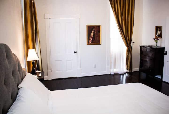Heidelberg Room (Schaefer Guest Haus)--Near Strand