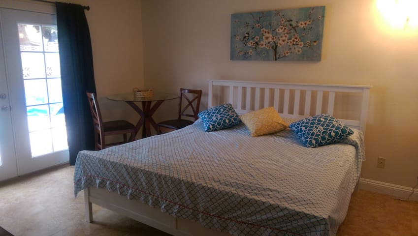 Separate Cozy Room from the house - Las Vegas - Talo