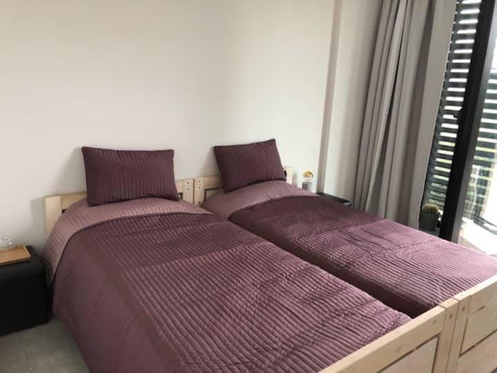 Rustige kamer met uitzicht op park in Hasselt