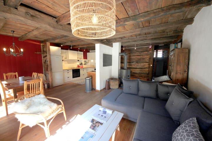Appartement duplex authentique 8 pers. + chambre