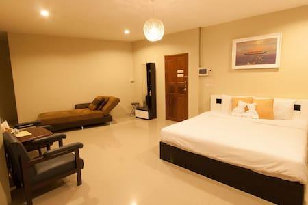 Sirin house Krabi town room 1
