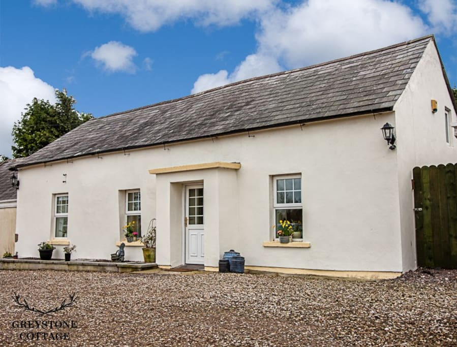 Ulster Traditional Cottage over 200 years old!