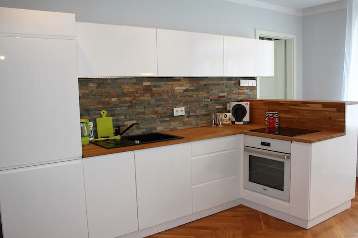 apartament z osobną sypialnią w super lokalizacji - Bielsko-Biała - Apartmen