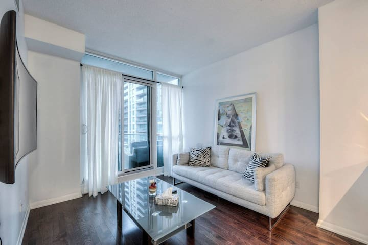 Waterfront condo in the historic Fort York Area.