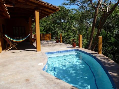 Playa Marsella/Madera  privat hjem med basseng og AC