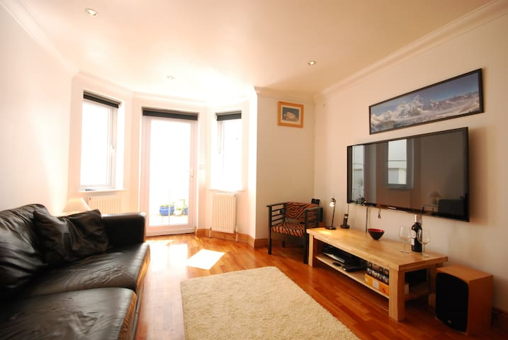 Luxury cosy flat St Ives/Carbis Bay.