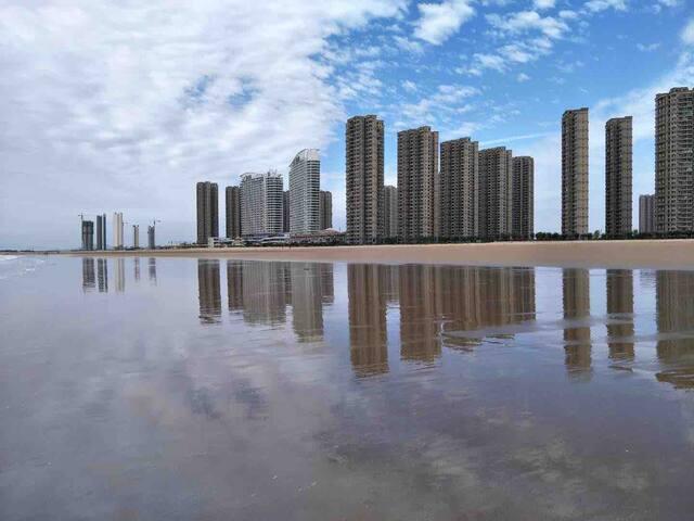 海风之恋十里金滩两居海景高层