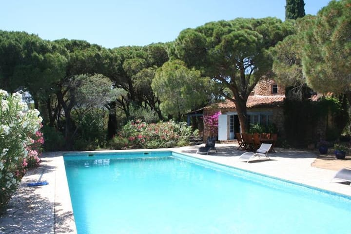 Moulin de charme tout proche plage et St Tropez