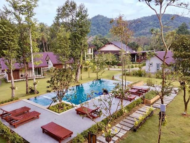 EVERGREEN RESORT Luxurious Bangalow in pure nature