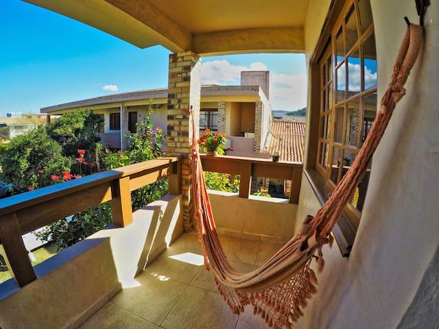 Apartamento 2 - 500 metros da Praia de Garopaba SC