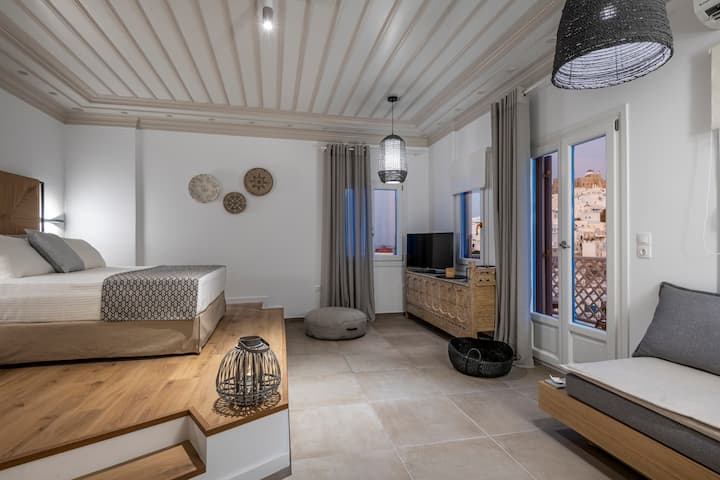 Luxury Apartment in the Heart of Astypalaia