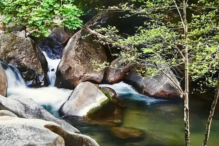Creek Harmony Retreat