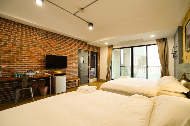 GOODDAY HOSTEL / 好天旅店四人房 / Room D - Magong City - Дом