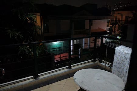 Room for 3 Person and Near to Mall - Kelapa Gading - Casa