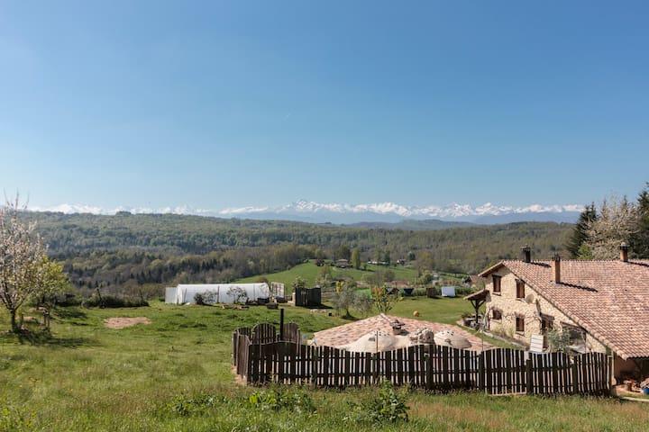 Eco Guest house - front of Pyrenees - Sainte-Croix-Volvestre - Rumah