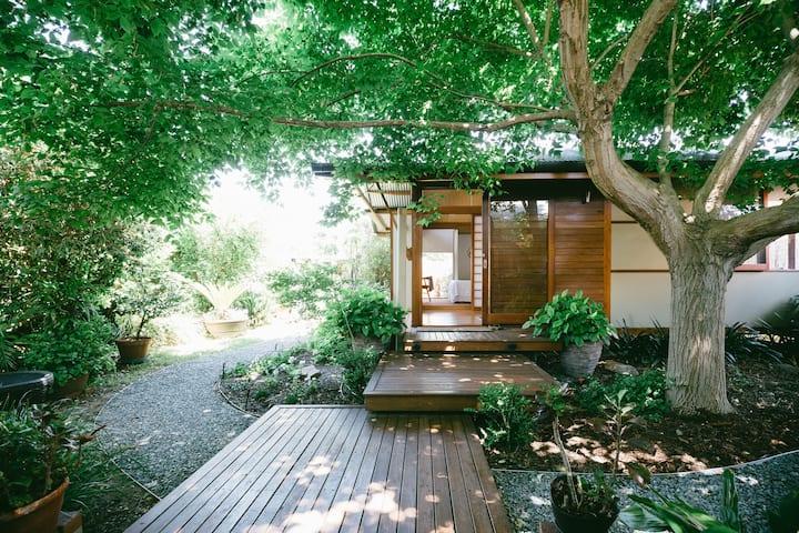 Gorgeous Asri garden studio