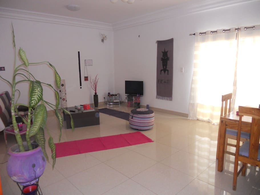 Appartement meubl long s jour flats for rent in dakar for Appartement meuble a dakar