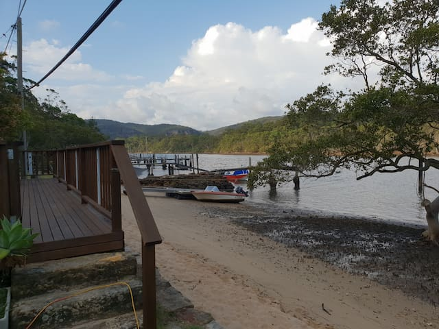 12 Milson's Passage Cottage, Boat access only