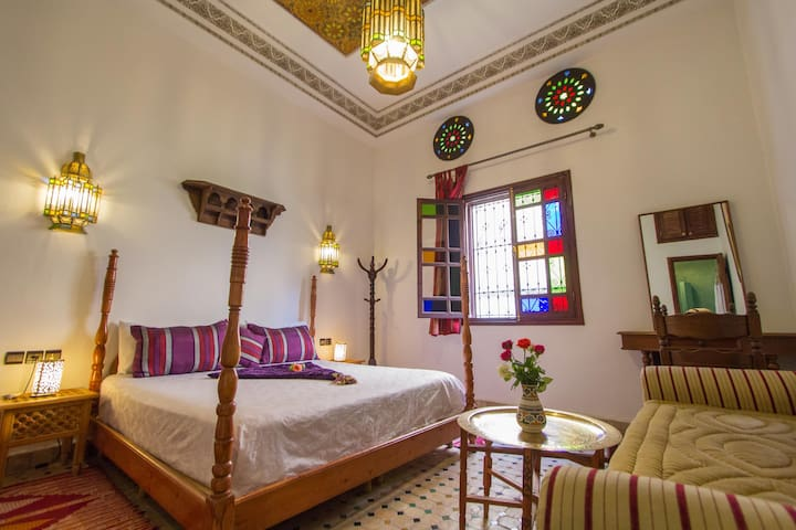 Lovely Double Room at Jardin Chrifa Top Location - Fes - Bed & Breakfast