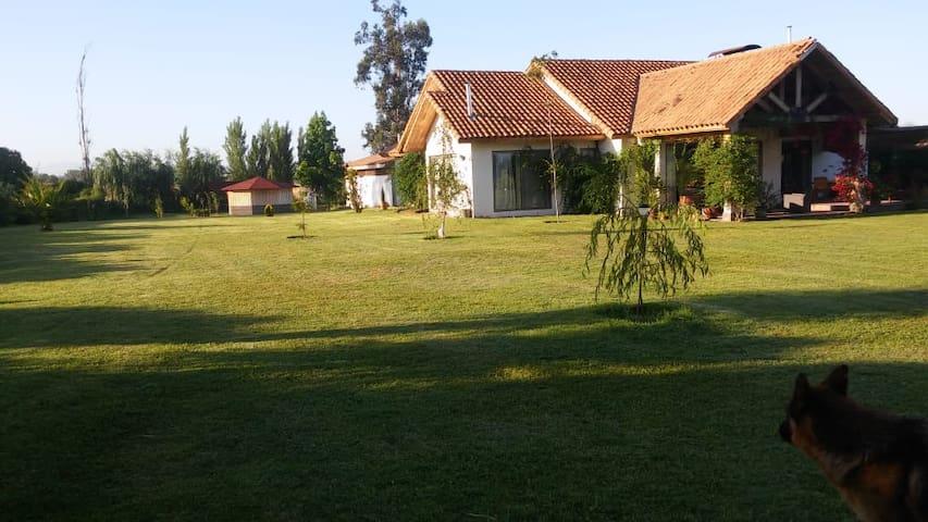 En Linda Casa de Campo - 2 habitaciones privadas
