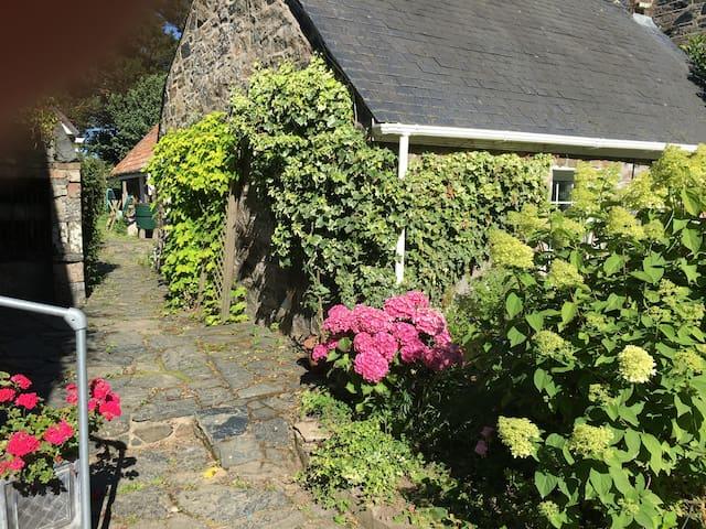 La Rue Cottage, Sark, Channel Islands