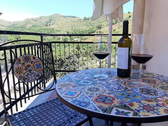 """Etna Sicilian House"" a un passo dall'Etna"
