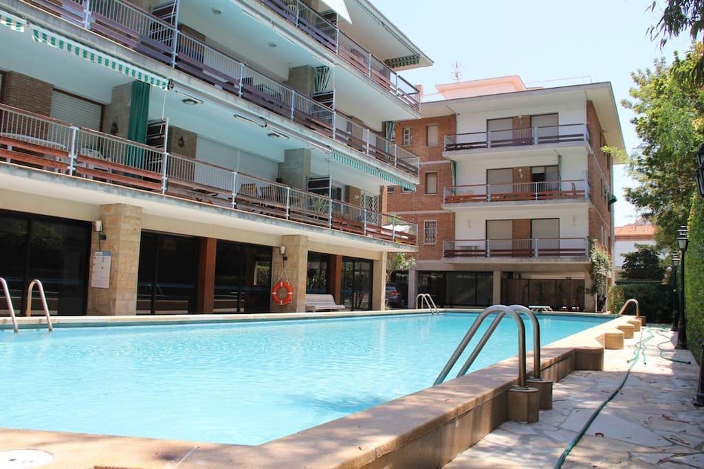 piscina communitaria