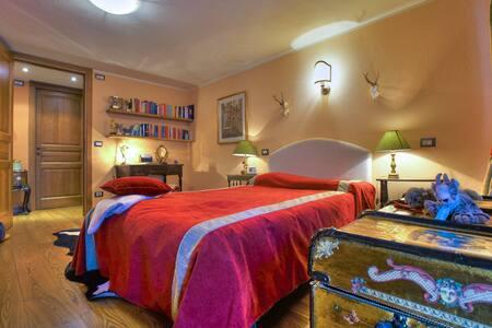 Pré Saint Didier - La Volpe Bianca Junior Suite - Pré-Saint-Didier - Bed & Breakfast
