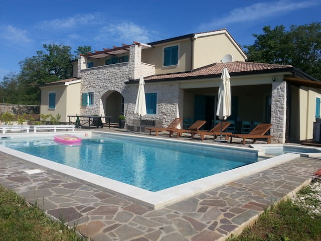 Villa in central Istria, Croatia - Žminj - Villa