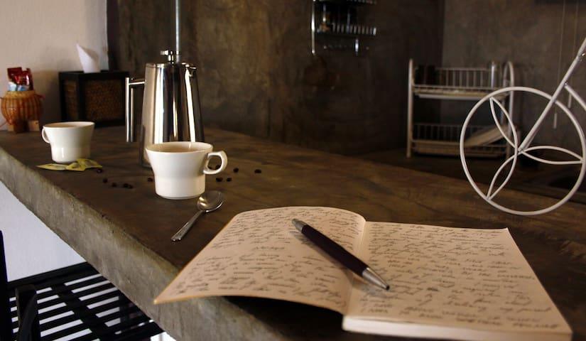 Large Studio + Kitchen - Inside the Old City  #1
