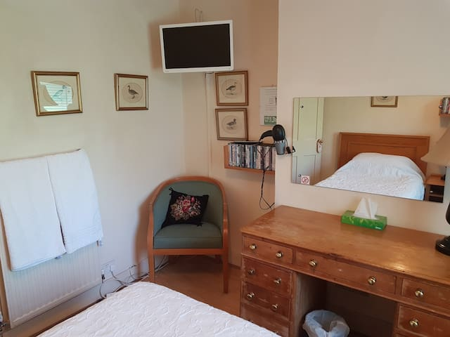 KEYFIELD  TERRACE SERVICED APARTMENTS