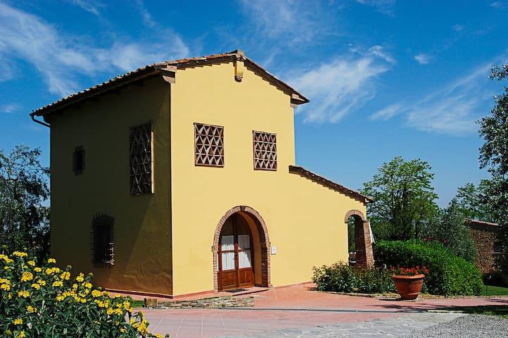 Wonderful Traditional House on a Tuscan Farm