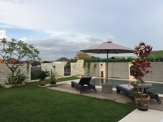 Bali Quad Green residence studio with pool access