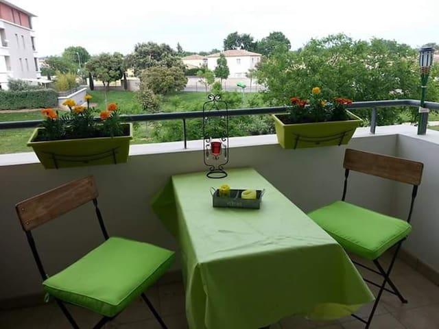 Appt calme à proximité des gd axes - Istres - Apartament