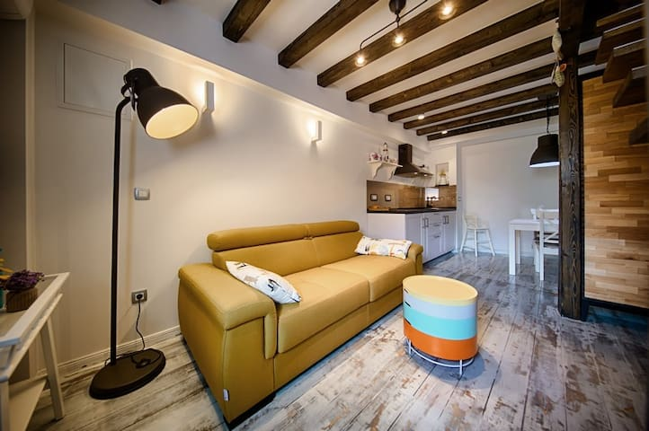 Riva suite 2 - Komiža
