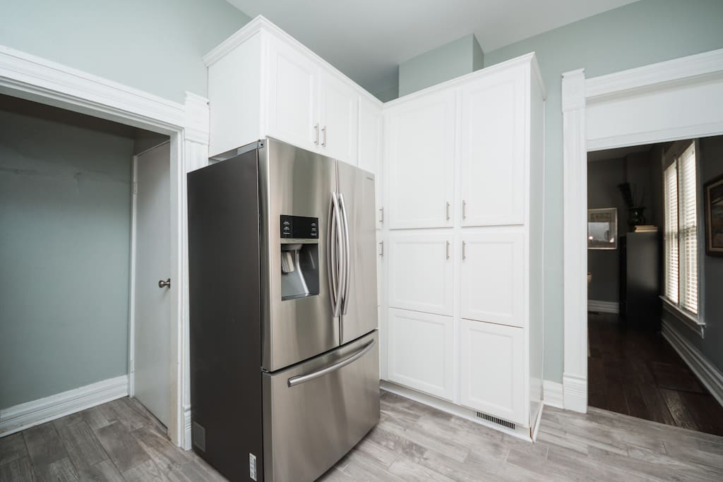 Ample storage space complete with all of your kitchen essentials plus a large French Door Refrigerator.
