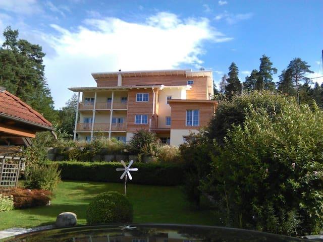 Herrl. Aptm. 125 qm (3SZ) mit freiem Seeblick - Oberdellach - Appartamento