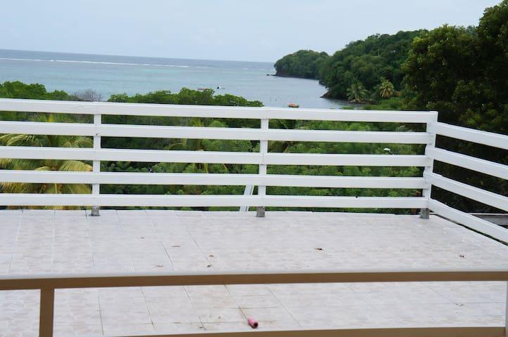 Villa vue sur mer Pointe Savane Robert - Le Robert - Huis