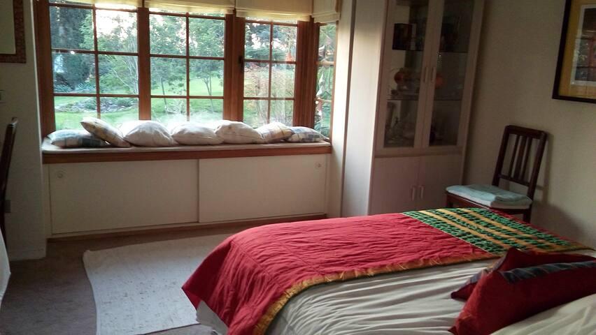 2. dormitorio / 2. bedroom