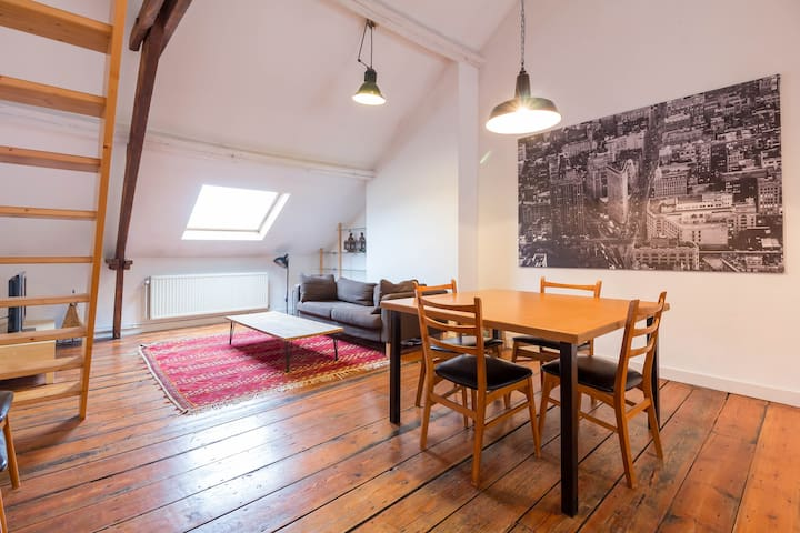 Furnished loft in Brussels City - Saint-Josse-ten-Noode - Huoneisto