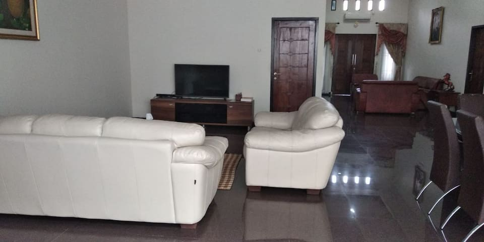 Aldeoz Palembang Private House, 3BR, dekat mall